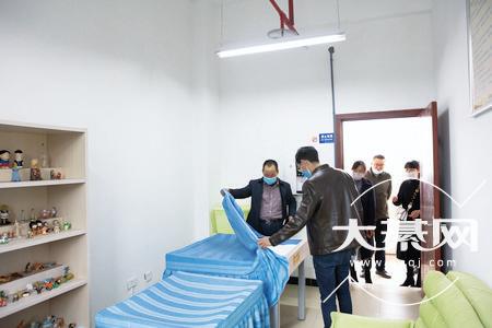 綦江区职教中心为抗疫凝聚青春力量