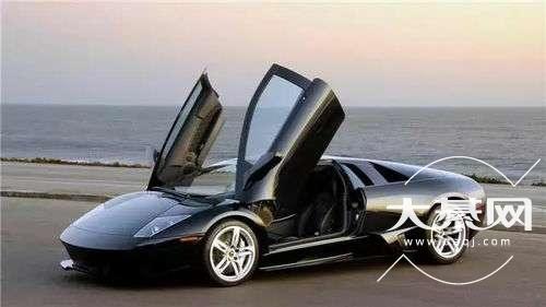 用一句话证明你开的是啥车?不许出现车名